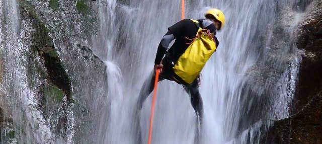 Rápel en las cascadas de Tixhiñú + Aculco