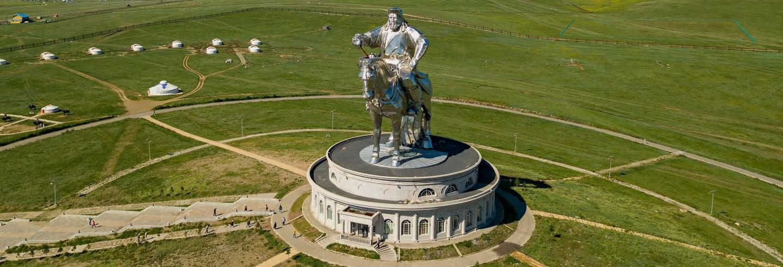 Parque Nacional de Gorkhi-Terelj + Estátua Gengis Khan
