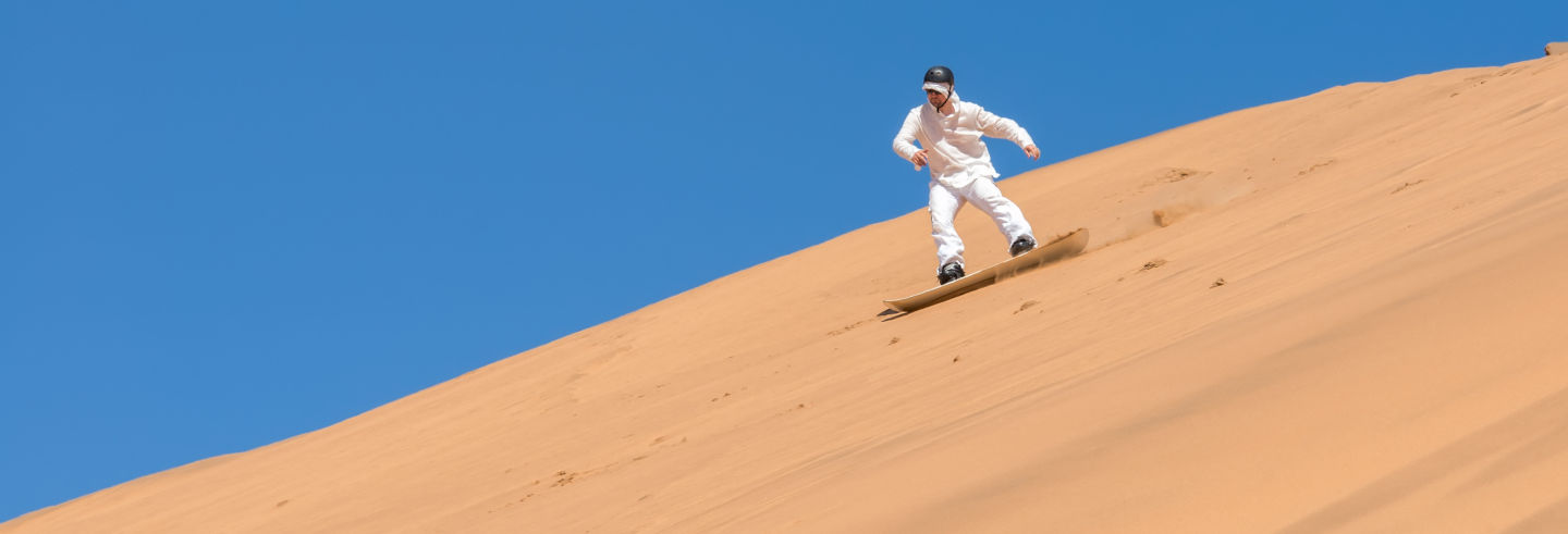 Sandboard no deserto do Namibe