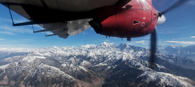 Survol de l'Himalaya en avion de toursime