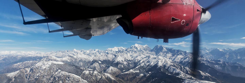 Paseo en avioneta sobre el Himalaya