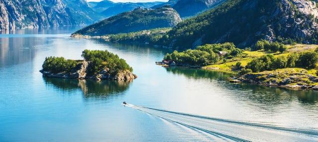 Paseo en barco por Lysefjord para cruceros