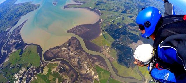 Salto en paracaídas en Auckland