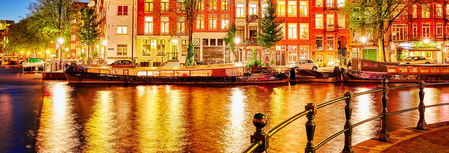 Amsterdam Canal Trip and Gourmet Dinner