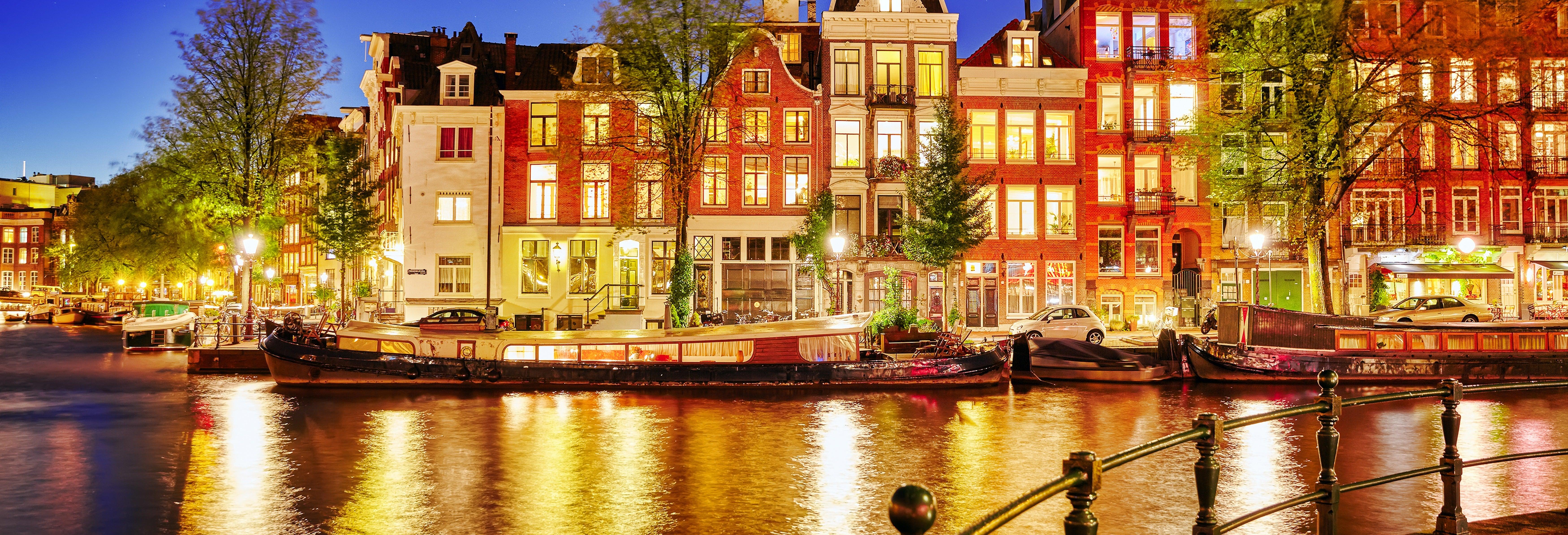 Crucero por los canales con cena de lujo