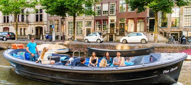 Paseo en barca por los canales