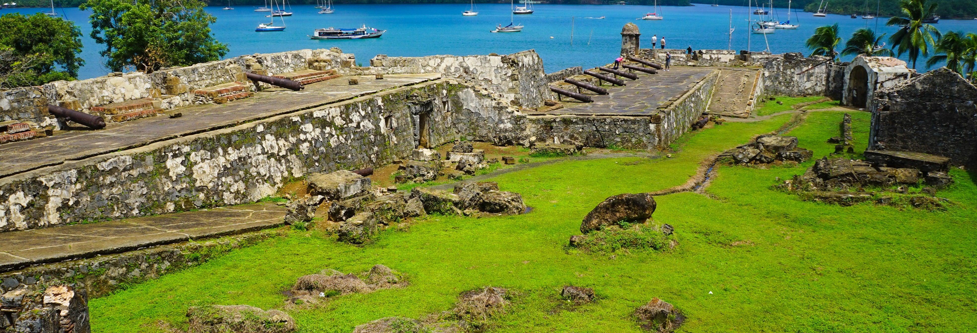 Excursão a Portobelo e eclusas de Agua Clara