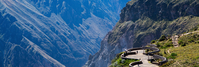 Excursión al Cañón del Colca finalizando en Puno