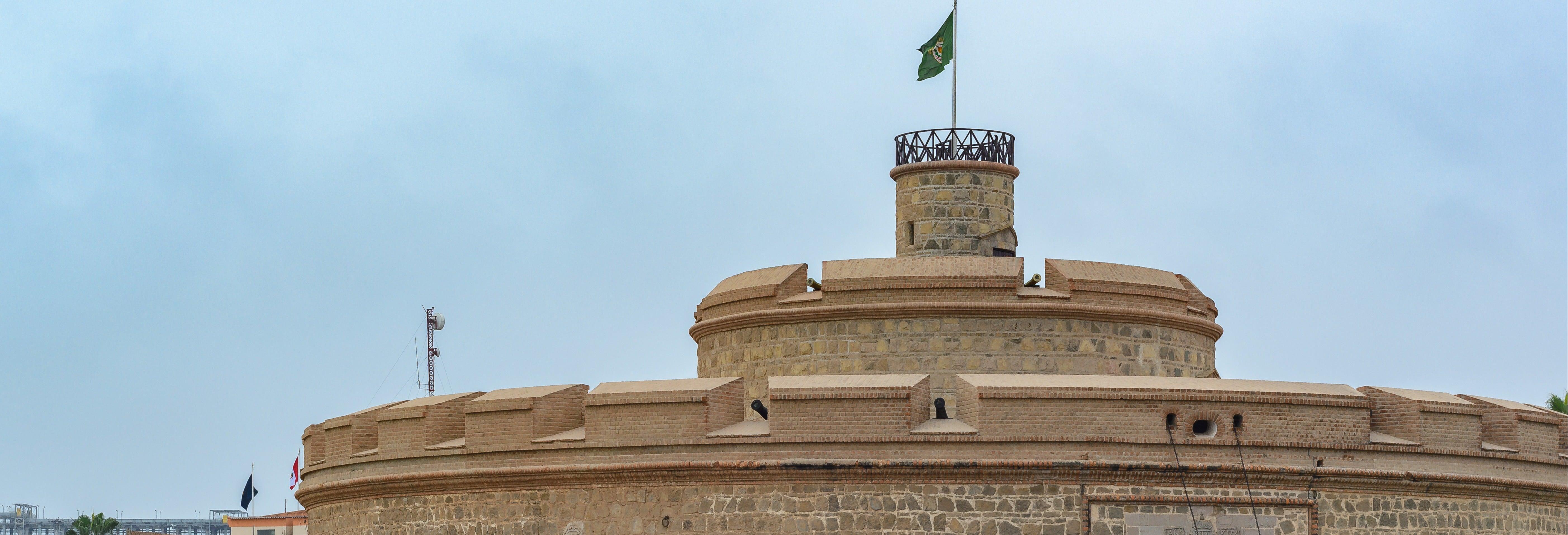 Visite de Callao et de la Forteresse du roi Philippe
