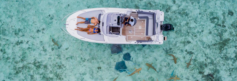 Aluguel de barco privado com capitão