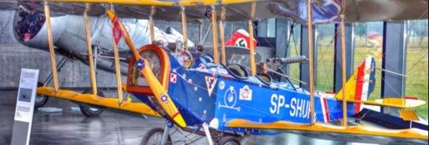 Visita guiada por el Museo Polaco de Aviación