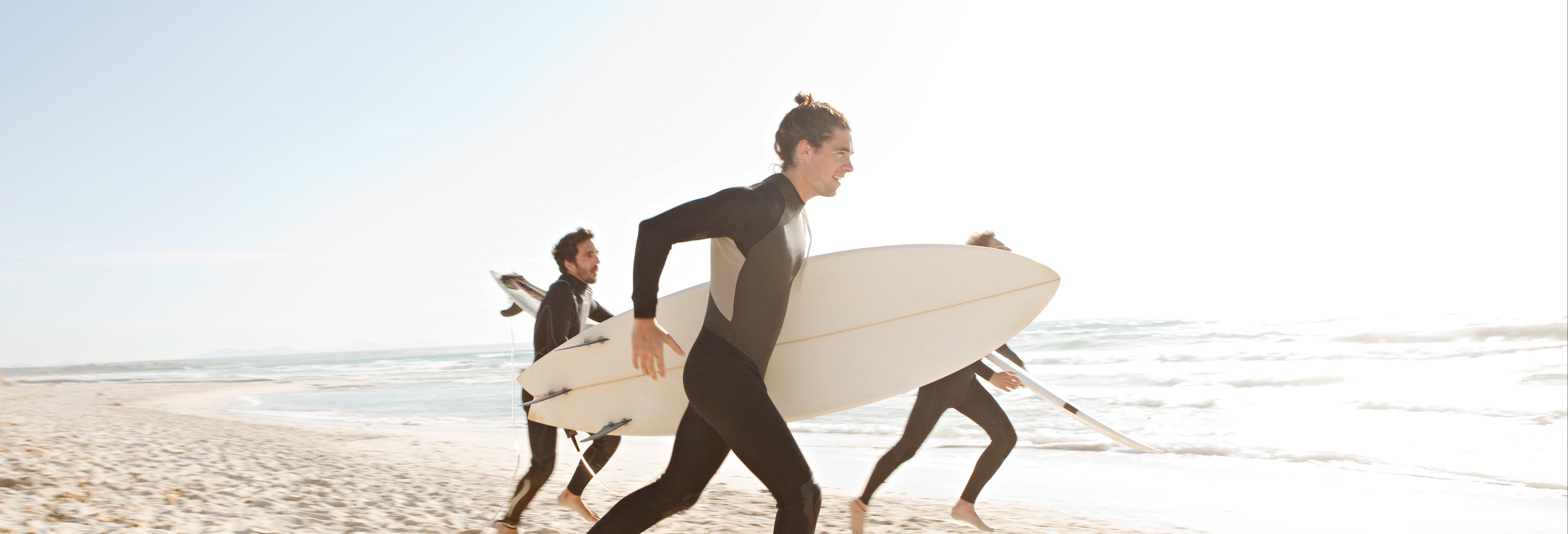 Curso de surf en playa Galé