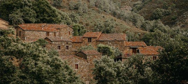Excursão pela Serra daLousã e Aldeias do Xisto