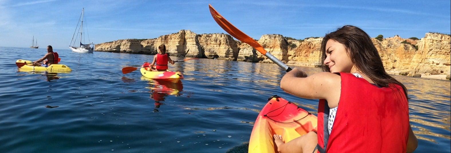 Kayak por las cuevas de Benagil y playa da Marinha