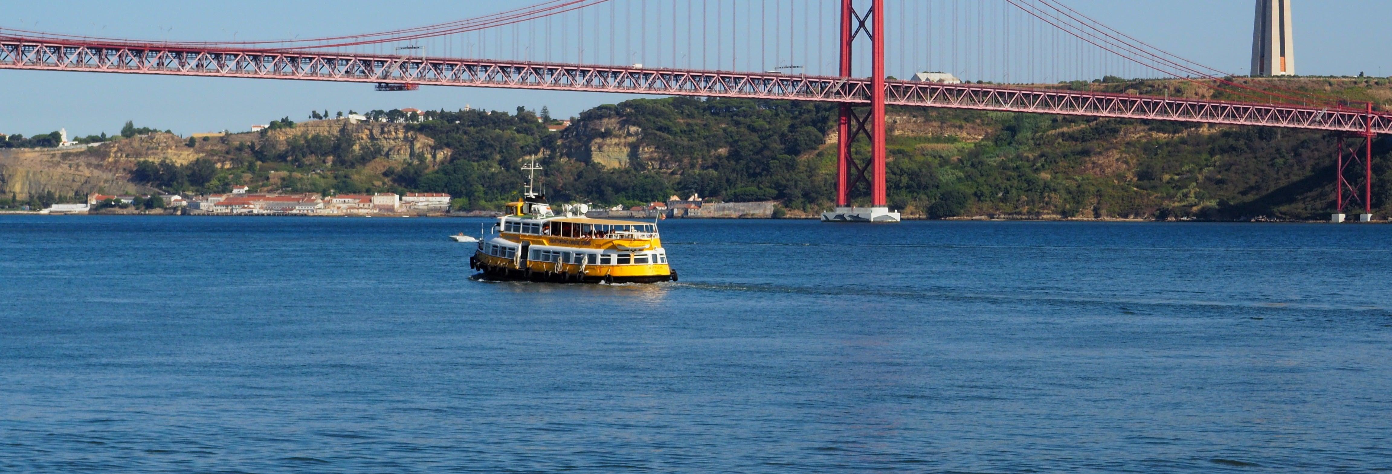 Barco turístico de Lisboa