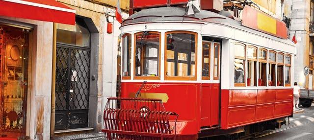 Tranvía turístico de Lisboa + funiculares