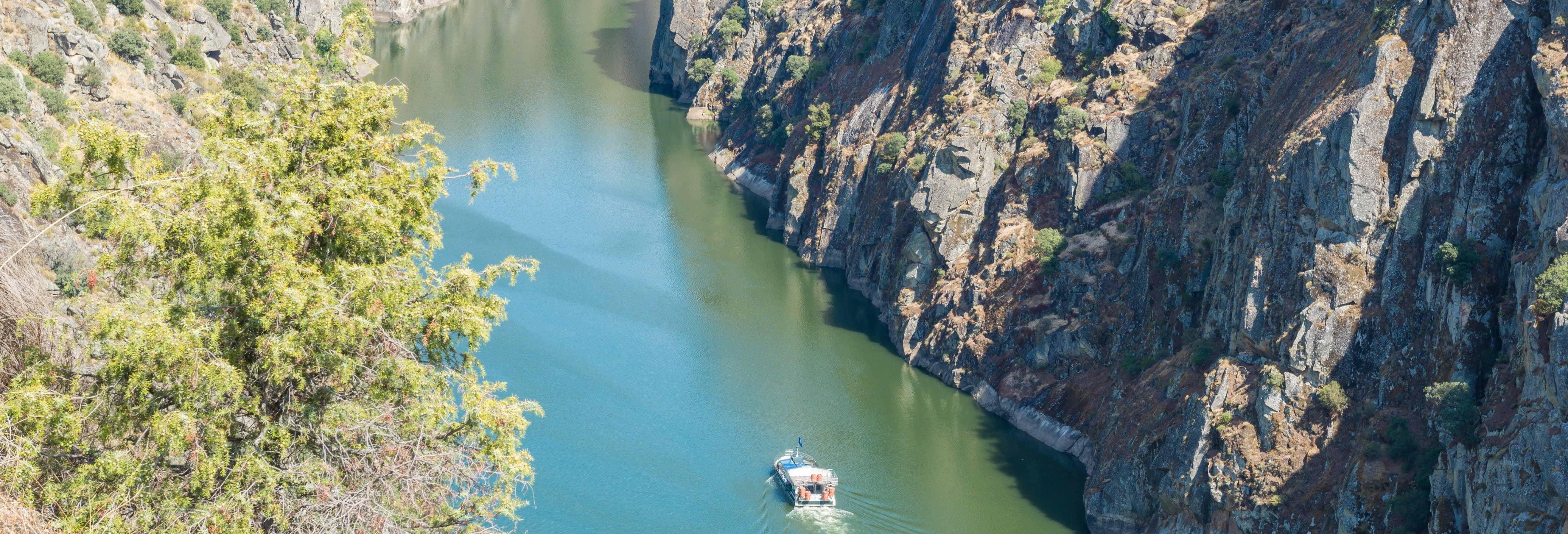 Giro in barca al Parco Nazionale Arribas do Douro