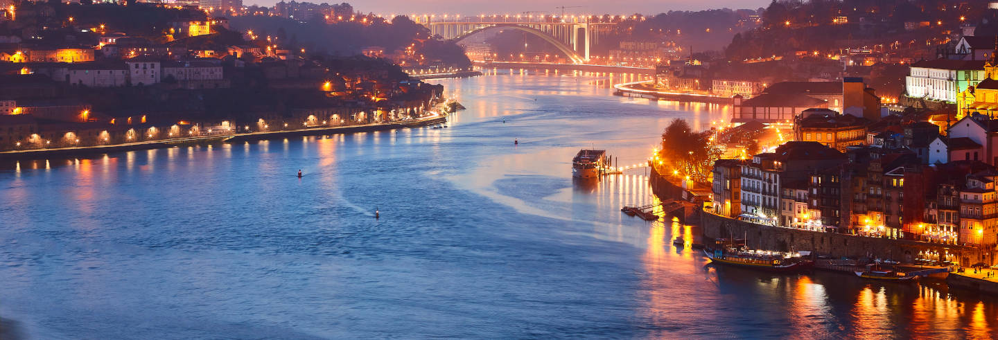 Porto Cruise with Dinner & Live Music