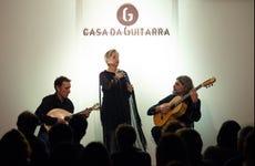 Espectáculo de fado en Casa da Guitarra