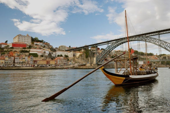 Sailing the Douro in a Rabelo