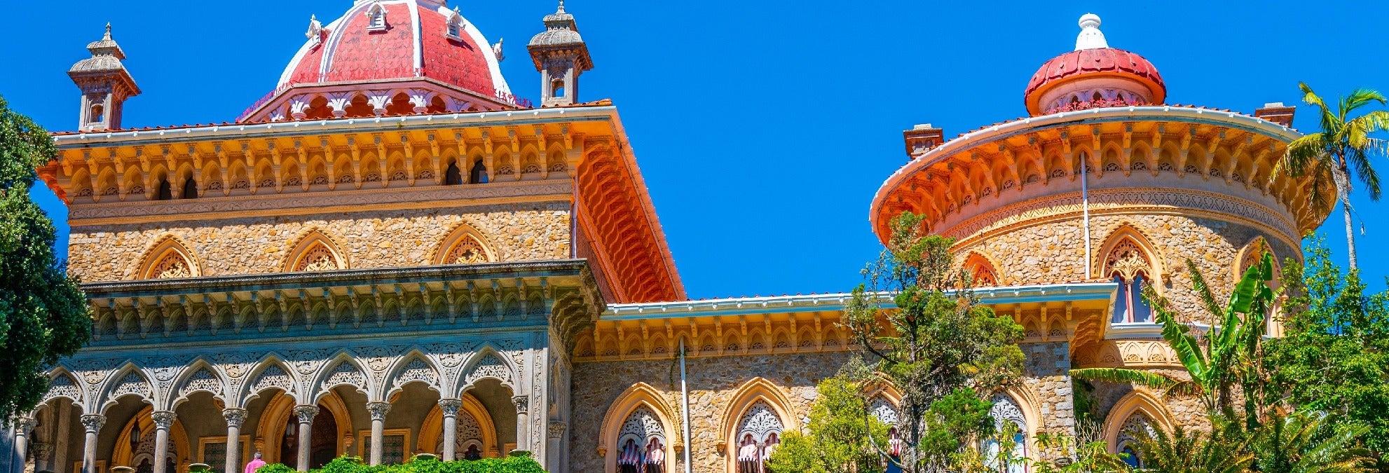 Entrada al Palacio de Monserrate