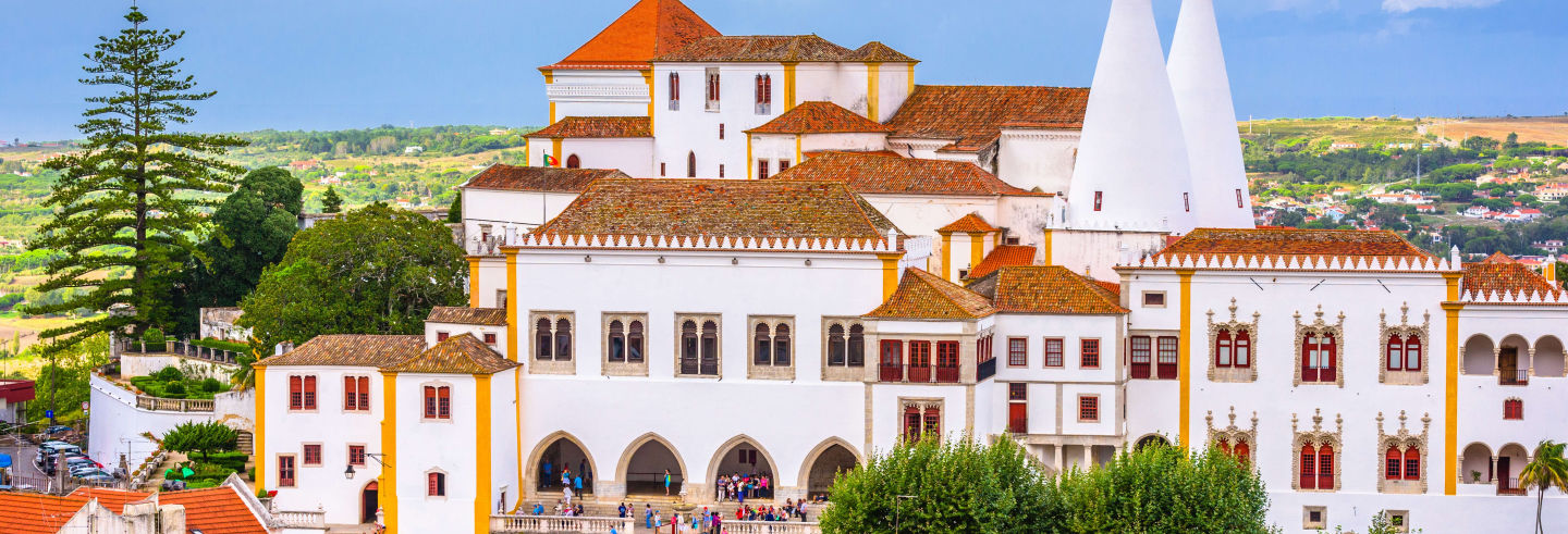 Ingresso do Palácio Nacional de Sintra e seus jardins