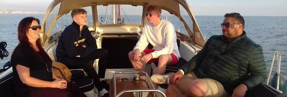 Aluguel de barco com capitão