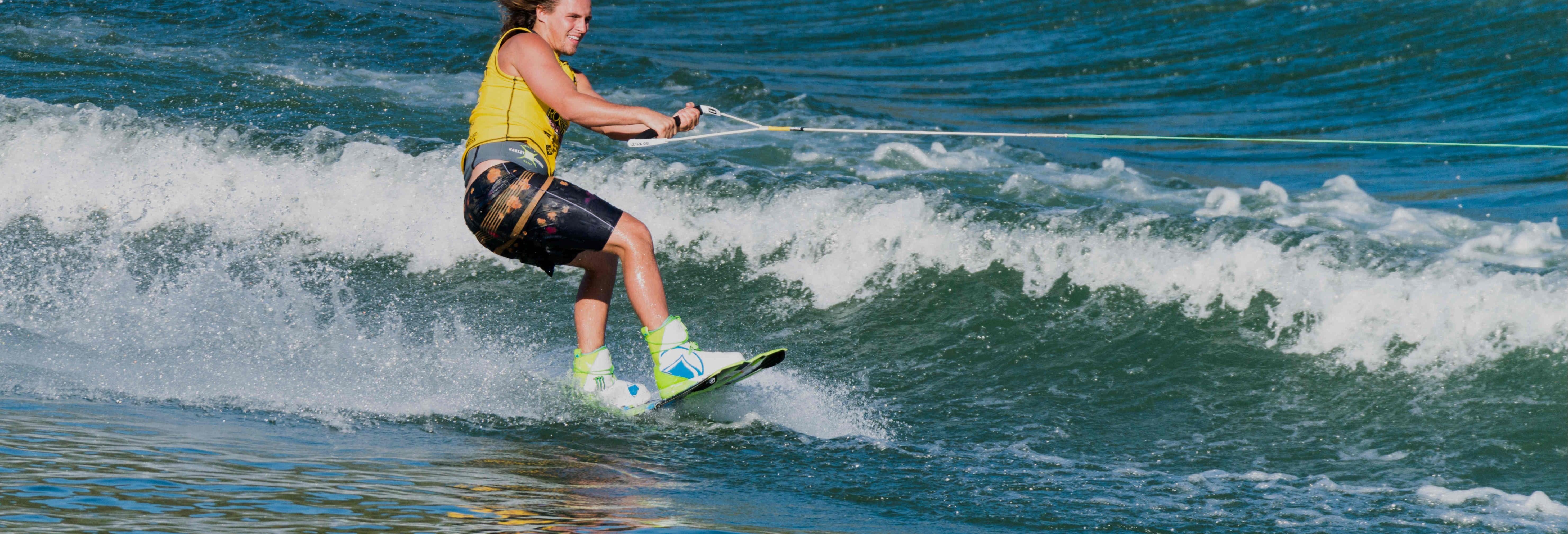 Esqui aquático ou wakeboard em Vilamoura