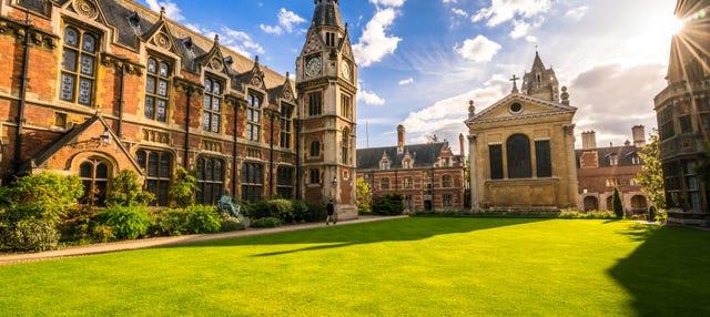 Free Walking Tour of Cambridge