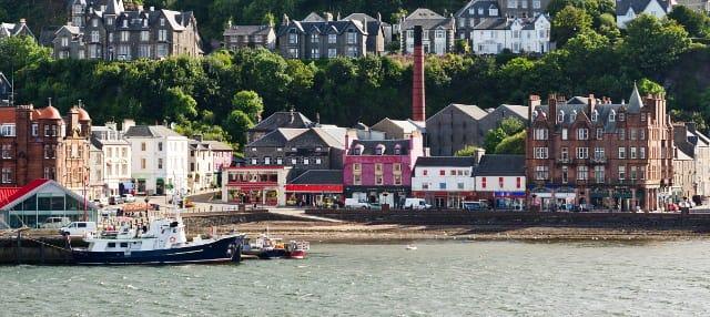 Oban, Glencoe & West Highland Castles Tour