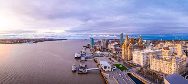 Crucero por el río Mersey