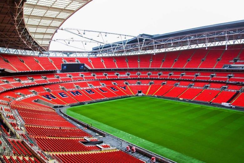 Tour of Wembley Stadium in London - Book Online at Civitatis.com