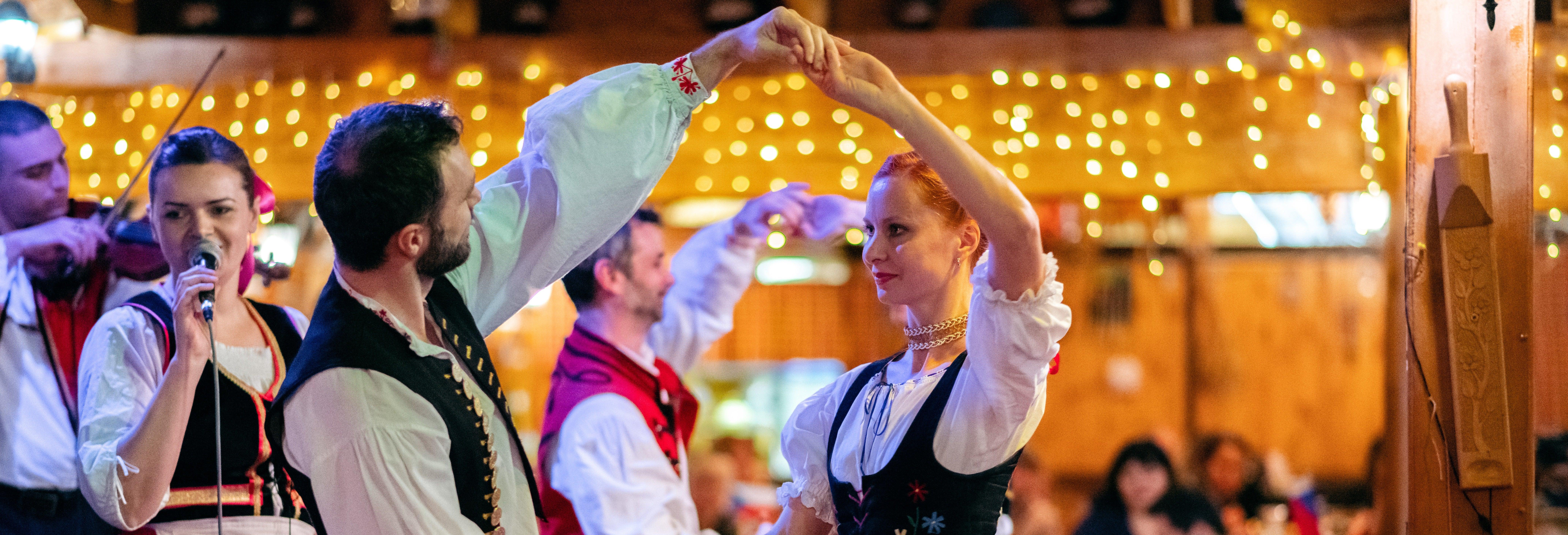 Dîner-spectacle folklorique avec open-bar