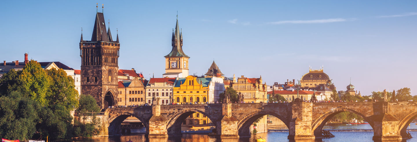 Old Town and Prague Castle Sightseeing Bus Tour