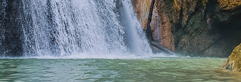 Trilha aquática por Los Tinajones