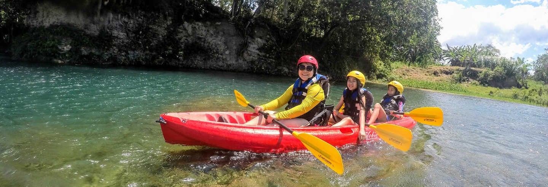 Tour de caiaque pelo rio Yásica
