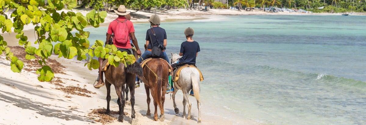 Passeggiata a cavallo nel Parco Nazionale di Cotubanamá