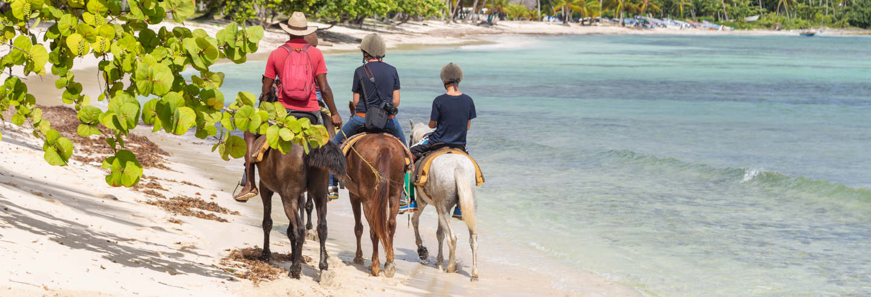 Passeio a cavalo pela praia de Puerto Plata