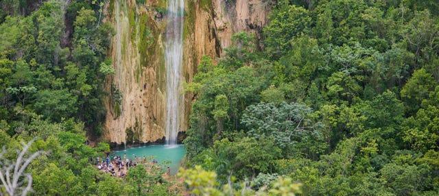 Circuit privé de randonnée à la cascade El Limón