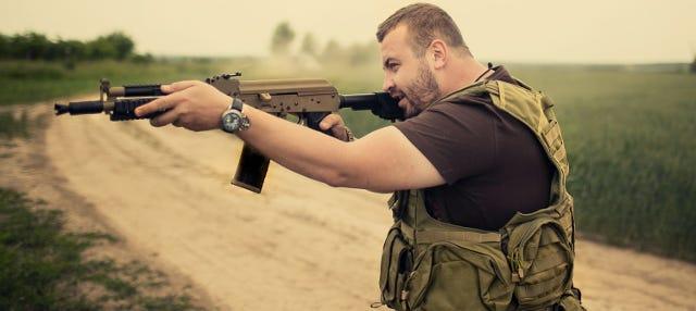 Prácticas de tiro con armas rusas