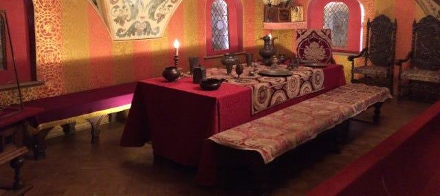Visita guiada pelo Palácio dos Boiardos Romanov