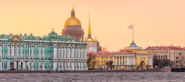 Tour privado por São Petersburgo. Você escolhe!