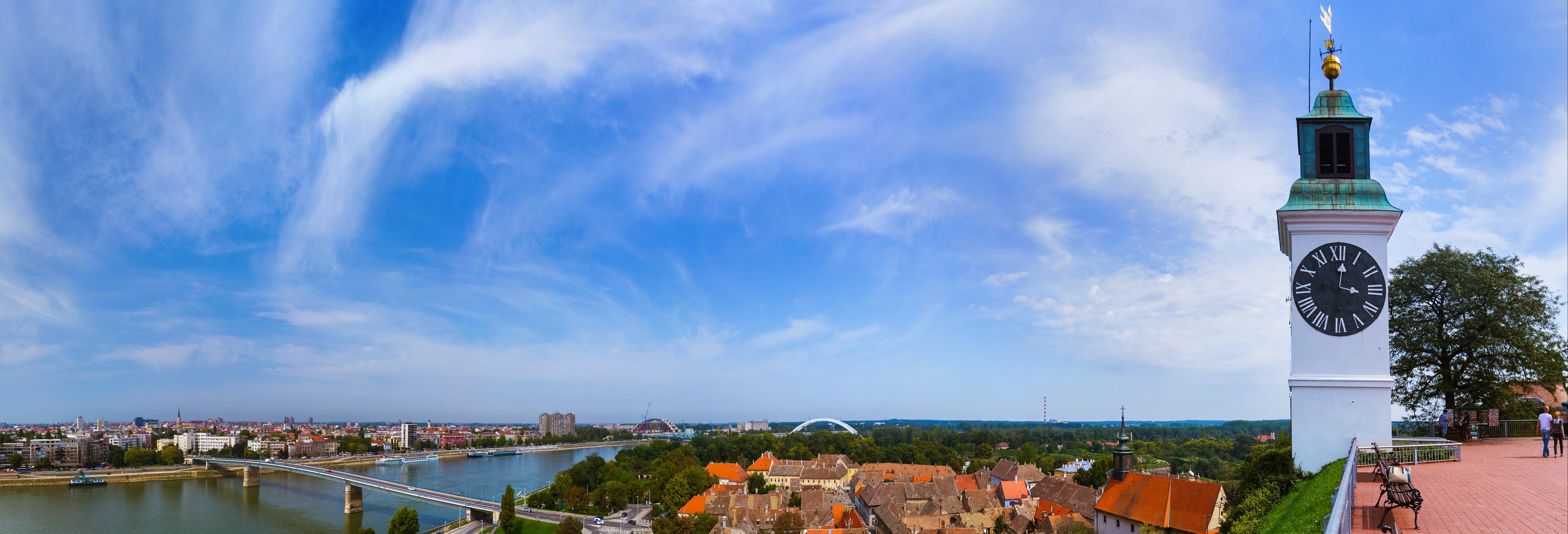 Escursione a Novi Sad, Fruška Gora e Sremski Karlovci