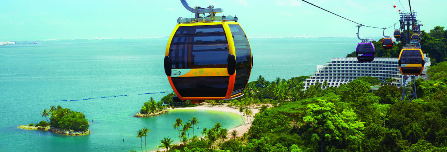 Dinner in the Sentosa Island Cable Car