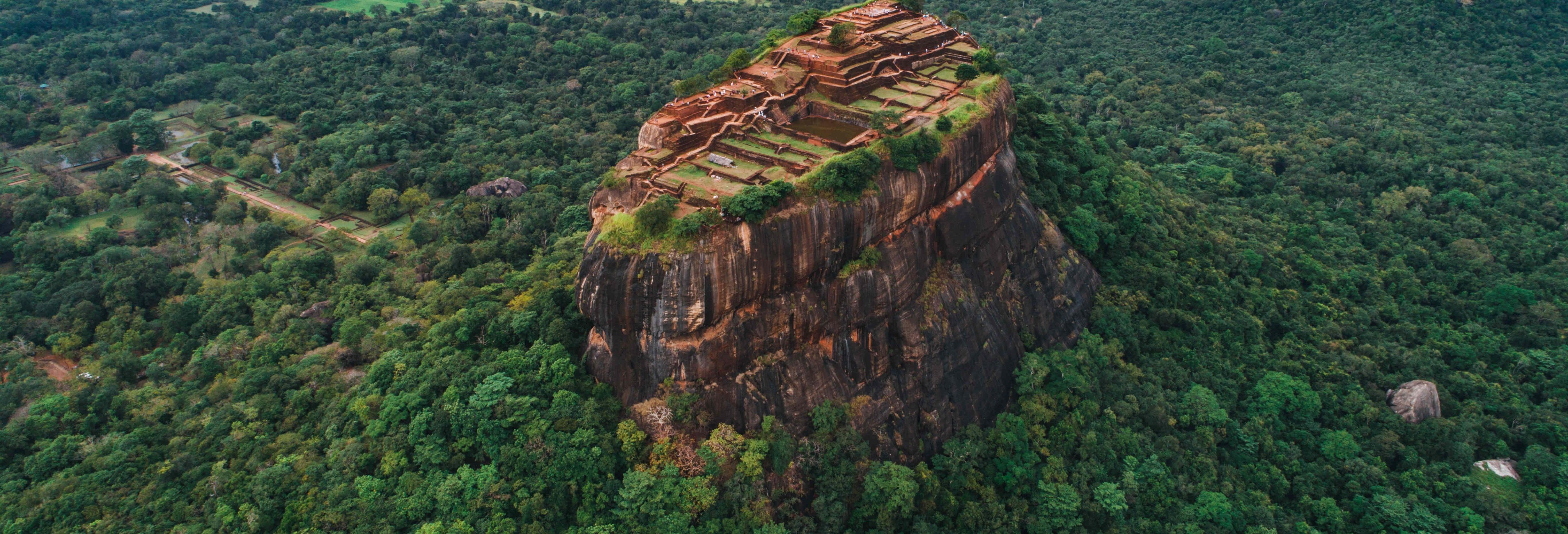 Escursione privata a Sigiriya e Dambulla