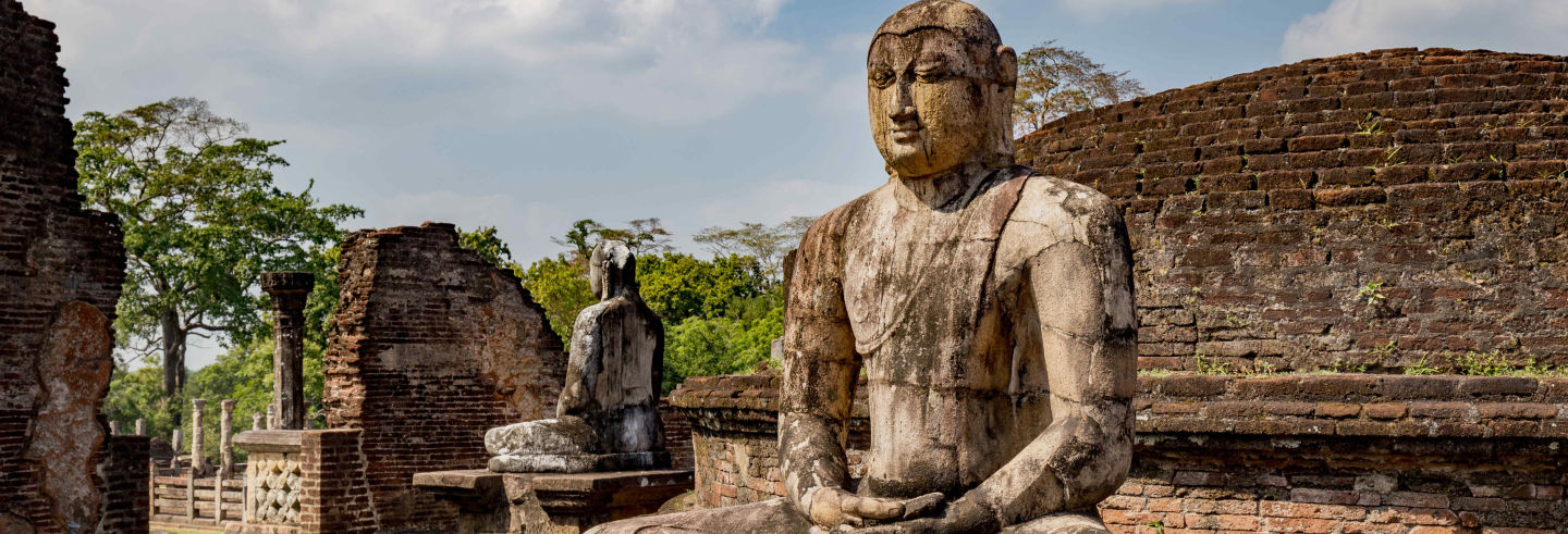 Tour privado de 2 días por Sigiriya, Dambulla y Polonnaruwa
