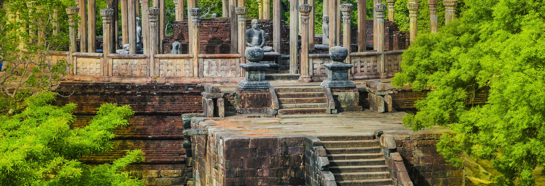 Excursión a Polonnaruwa y Pidurangala