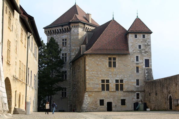 Discovering Annecy castle