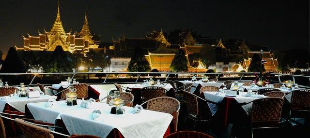 Crucero de lujo por el río Chao Phraya
