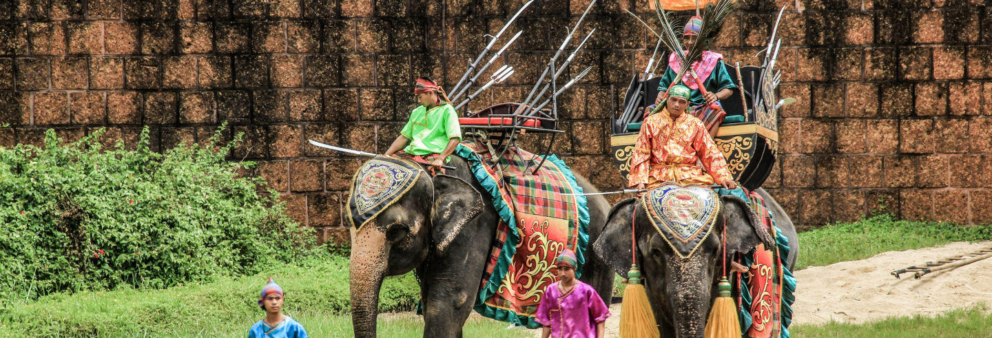 Samphran Elephant Ground Show